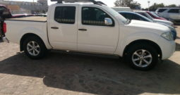 2013 Nissan Navara 2.5 dCi 4×4 LE D/Cab AT available in Strand Helderberg Western Cape