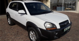 2009 Hyundai Tucson 2.0 GLS Excellent Value! available in Strand Helderberg Western Cape